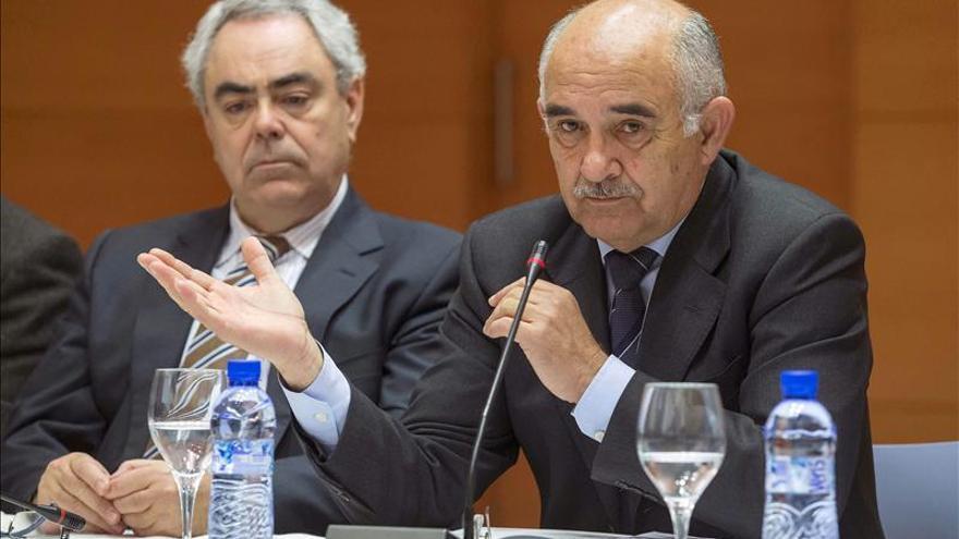 El presidente de Murcia cree que no es bueno que haya imputados en las listas