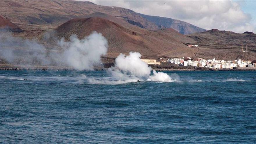 Científicos españoles descenderán en un submarino al volcán de El Hierro
