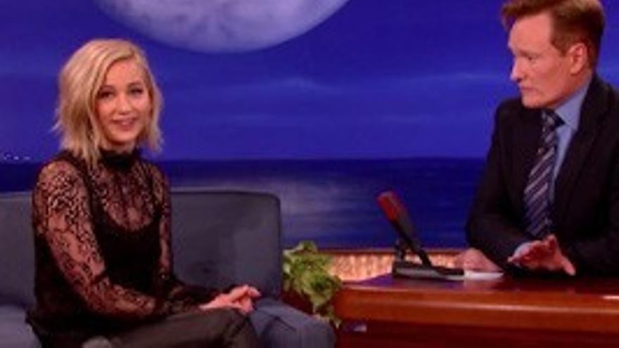 """Jennifer Lawrence habla con Conan O'Brien de 'El Hormiguero' y su """"extraño doblaje"""""""