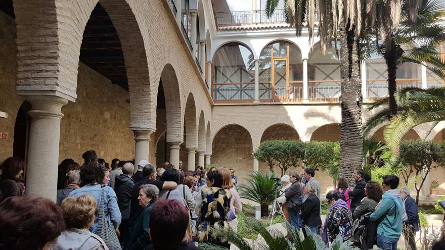 Parada recordando a las mujeres que atendían el antiguo Hospital de San Juan de Dios en Jaén.