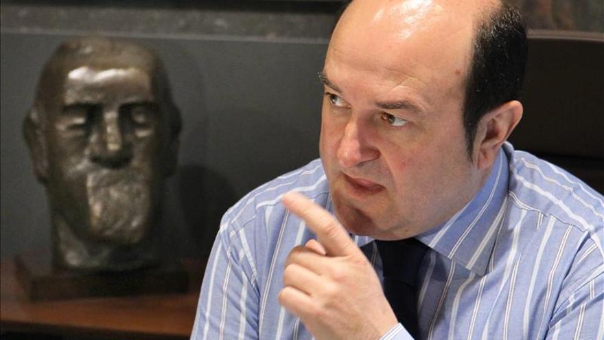 """El PNV pide templanza al Gobierno y """"no caer en el gesto fácil"""" de ir contra Bildu"""