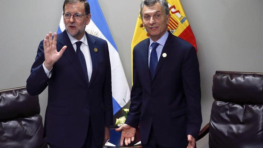 Macri expresa a Rajoy su intención de visitar España en los próximos meses