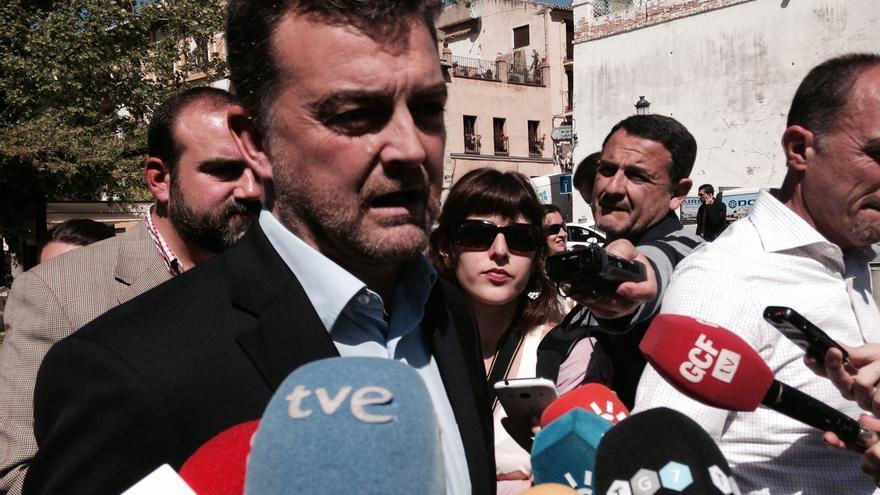 """Maíllo (IULV-CA), cansado de """"declaraciones de intenciones"""", pide al PSOE-A """"realidades"""" para el debate de investidura"""