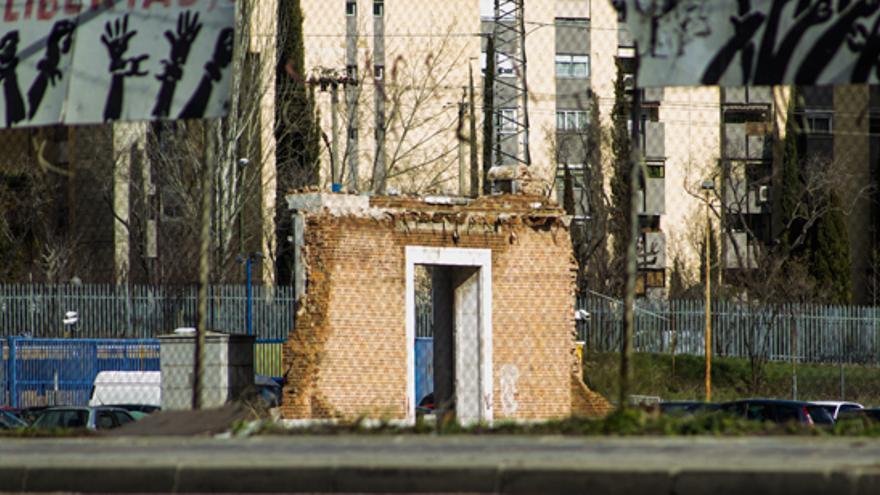 Ruinas de la antigua cárcel de Carabanchel, junto al CIE de Madrid, en Aluche/ Foto: Mayhem Revista