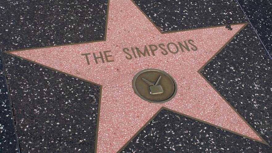 Varios artículos de los Simpsons aparecen en esta particular selección