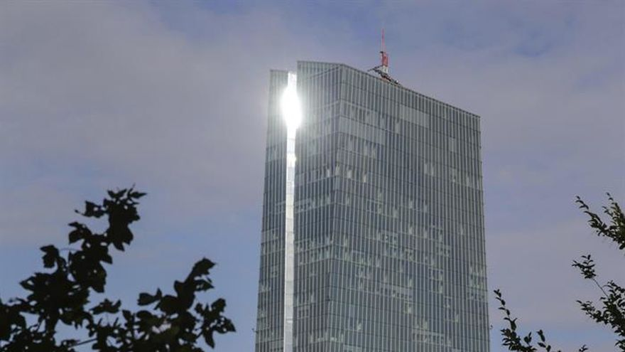 """""""Cinco sabios"""" alemanes piden al BCE adelantar el fin de la política expansiva"""