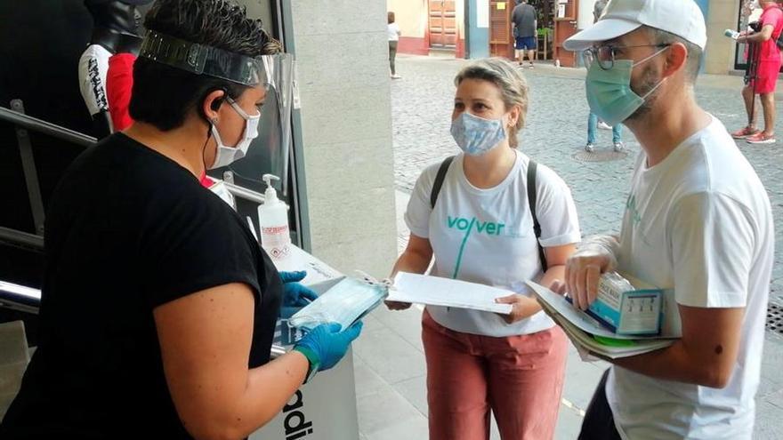 Reparto de mascarillas este martes en La Palma