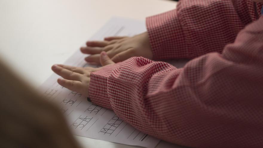 """Mañanes apela a la """"responsabilidad y sentido común de todos"""" ante el anuncio de movilización por el calendario escolar"""