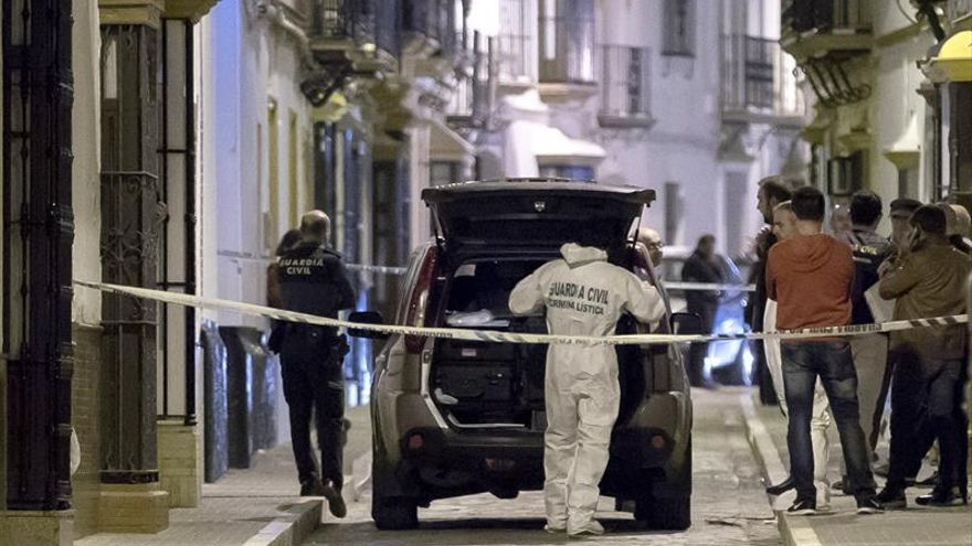 Encuentran muertas a una mujer y a su hija en su casa de Arahal (Sevilla)