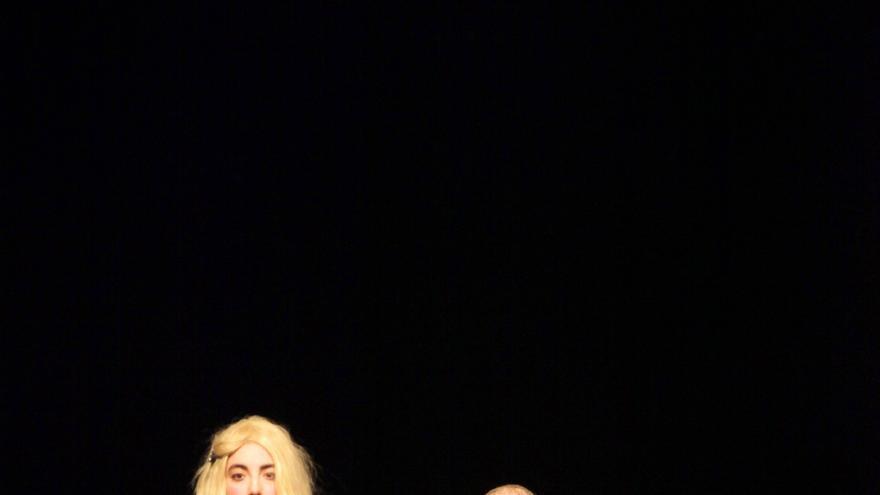 Escena del espectáculo 'Lucy Live' de Diana Gadish.