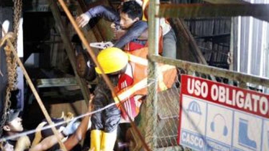 Rescate en Ecuador. (EUROPA PRESS)