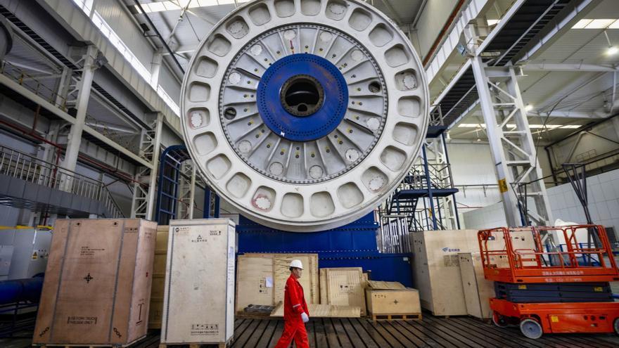 China dice que ha levantado las restricciones a la inversión foránea en energía