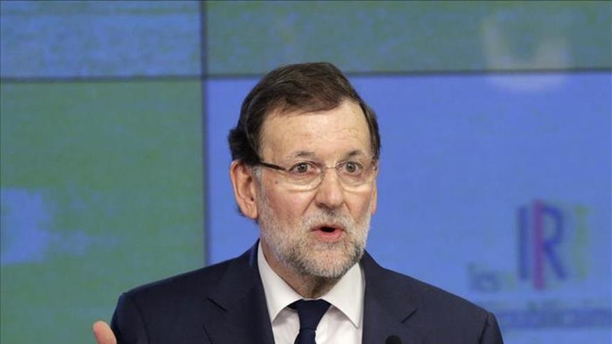 Rajoy afirma que si gana el sí en Grecia, será bueno y se negociará con otro gobierno