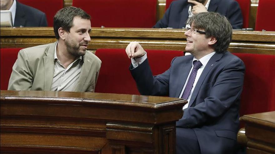 "Comín defiende que ni él ni Puigdemont dimitan para ""blindar a Bruselas"""