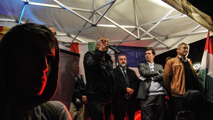 Mitin en París en contra de la inmigración clandestina, organizado por Siel, partido aliado del Frente Nacional / Luna Gámez