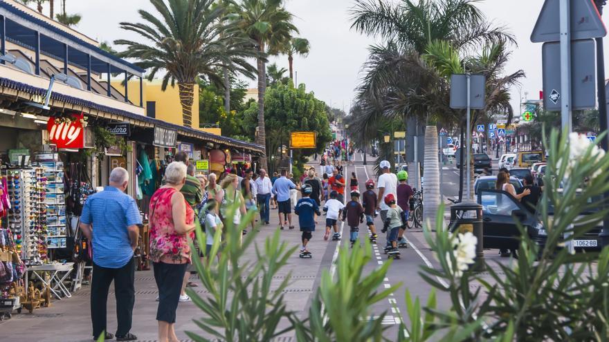 La llegada de turistas internacionales se hunde un 86,3% en noviembre en Canarias
