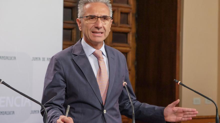 """El Gobierno andaluz acusa a Cifuentes de tener una visión """"clasista"""" sobre Andalucía que le parece """"intolerable"""""""
