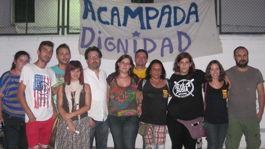 Miembros de la Red de Espacios Liberados en el colegio Rey Heredia de Córdoba.