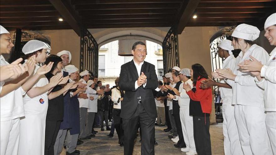 La ciudad de Girona rinde homenaje a los hermanos Roca