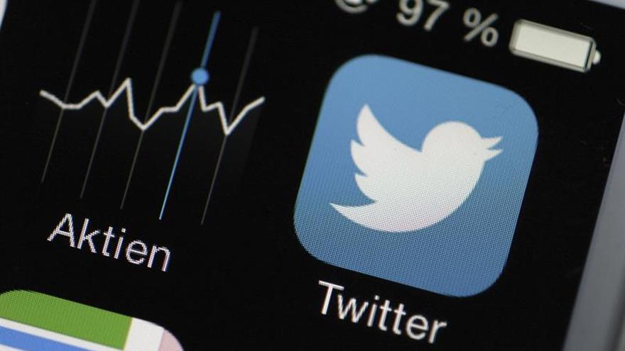 Twitter se dispara en bolsa ante posible oferta de compra