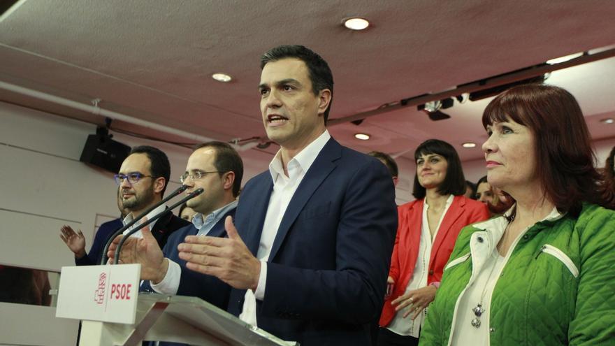 El PSOE cosecha su peor resultado histórico, pero aguanta como segunda fuerza