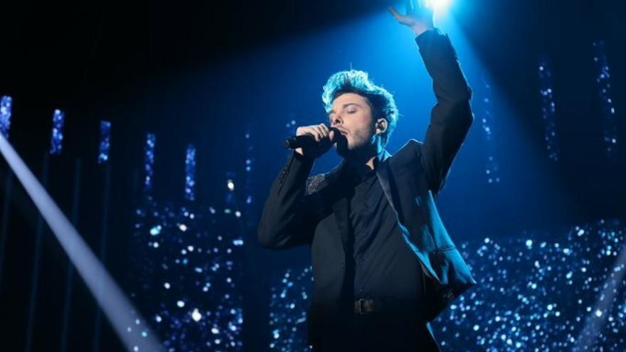 "Así estrenó en directo Blas Cantó su ""Universo"" para Eurovisión"