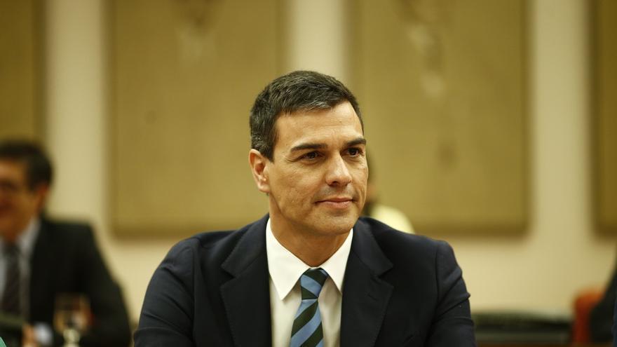 """Sánchez cuenta con que Rajoy se presente a la investidura el 2 de agosto y se prepara para hacer una oposición """"útil"""""""