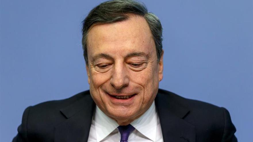 El euro cumple 20 años y sigue como segunda moneda global pese desequilibrios
