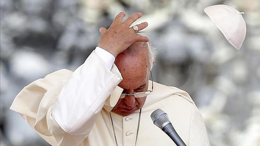 El Papa espera que aumente la sensibilidad sobre el drama de los cristianos perseguidos