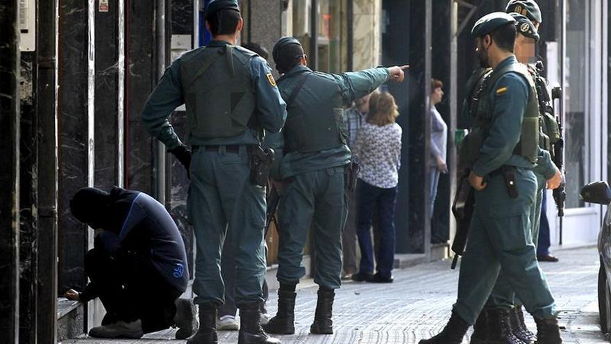 Tres detenidos en Otxandio (Vizcaya) por enaltecimiento del terrorismo de ETA