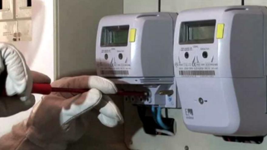El equipo de gobierno está aplicado ajustes en la factura de suministro y en los consumos eléctricos.