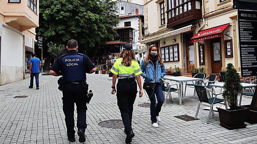 Policía Local en Comillas.