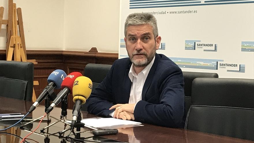 """Ceruti asegura que los miembros de la Junta Directiva disuelta en Cs Santander valoran """"volver a presentarse"""""""