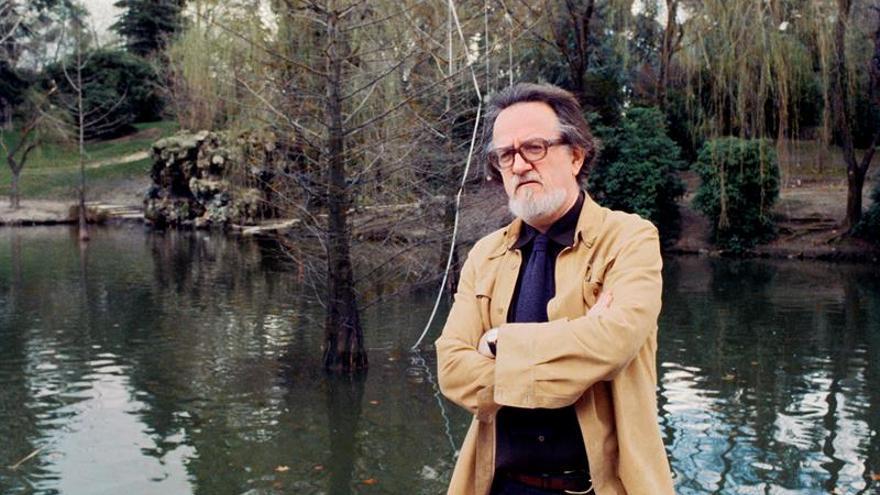 Los diarios de Donoso permiten relectura de su obra, afirma García Huidobro