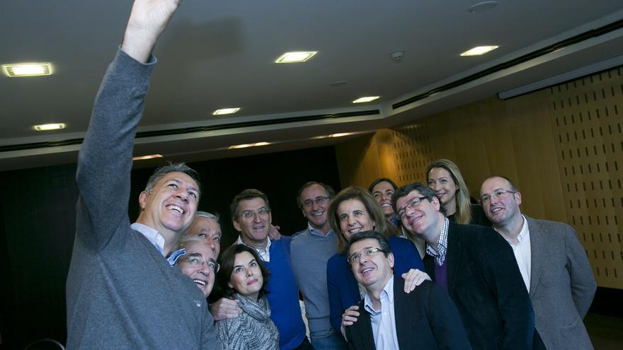 García Albiol fotografía a los dirigentes del PP reunidos en Santiago