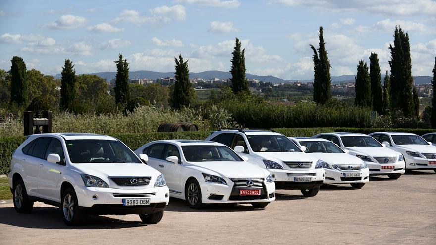 Las distintas generaciones de los modelos más emblemáticos de Lexus.