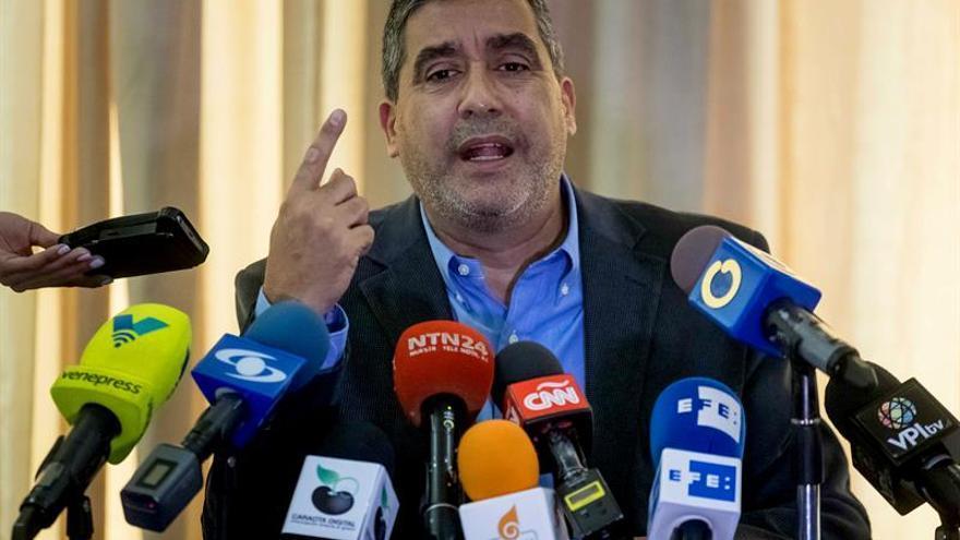 El Servicio de inteligencia detiene a un exministro disidente del chavismo