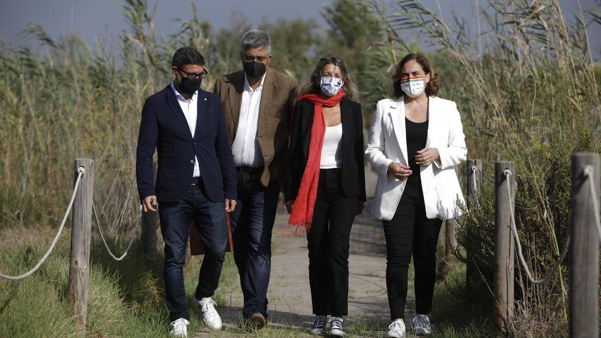 Díaz ha acudido a La Ricarda junto al alcalde de El Prat y la alcaldesa de Barcelona