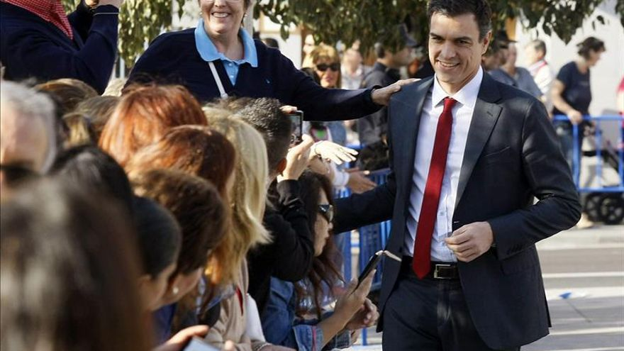 Sánchez cree que las encuestas constatan que se ha frenado la caída del PSOE