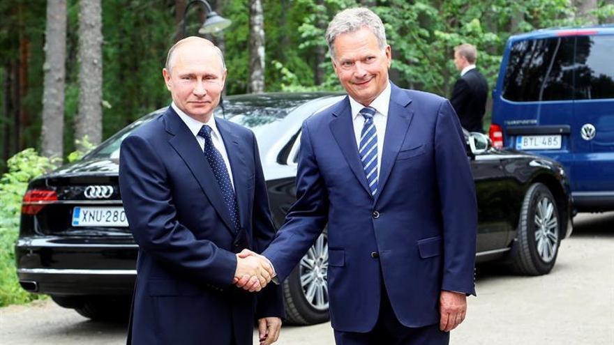 """Putin achaca las nuevas sanciones de EE.UU. a una """"histeria antirrusa"""""""