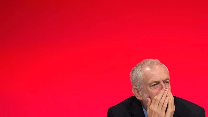 Corbyn pide unidad al laborismo de cara a posibles elecciones en 2017