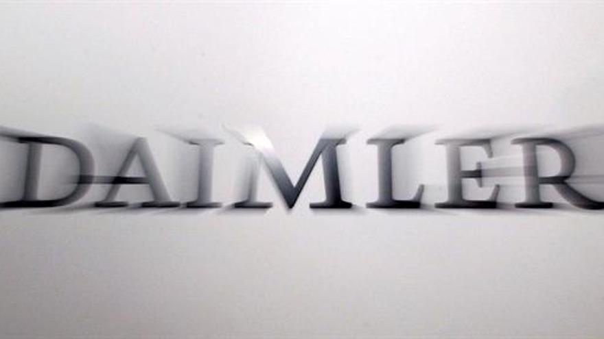 Daimler gana 3.852 millones de euros hasta junio, un 13 % menos