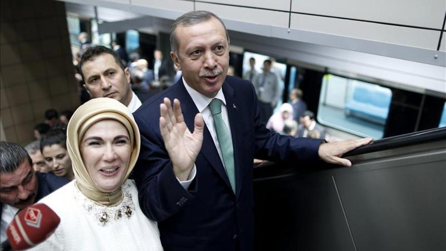 Erdogan asegura que la igualdad entre hombres y mujeres es contra natura