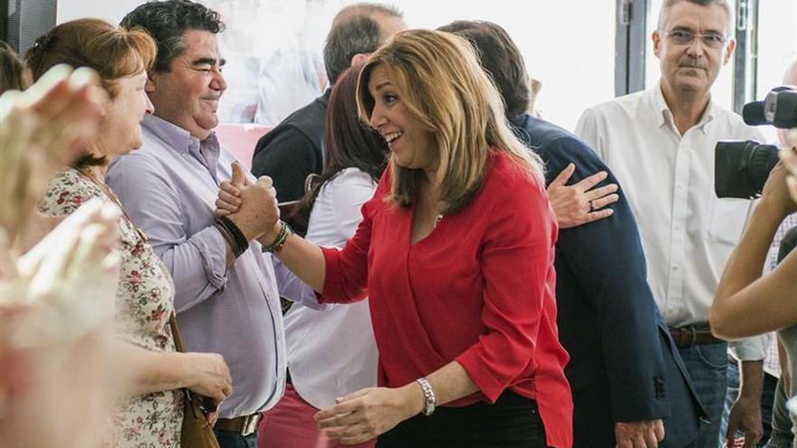 """Susana Díaz: """"Levantemos el PSOE para levantar el país"""""""