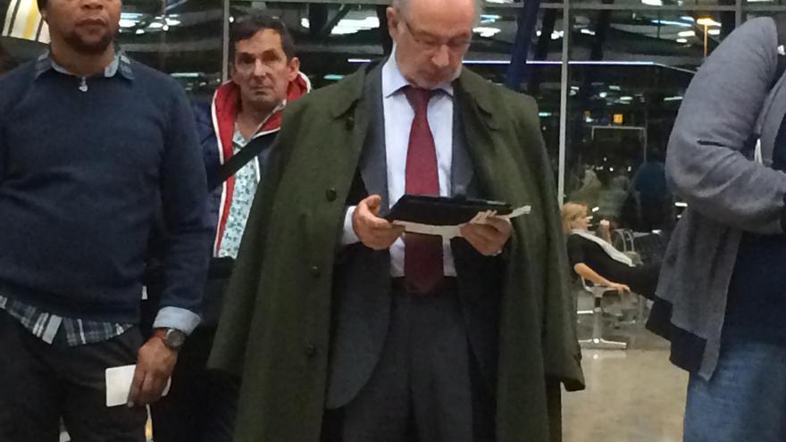 Rodrigo Rato, el 26 de noviembre en el aeropuerto de Ginebra, Suiza. Foto: eldiario.es