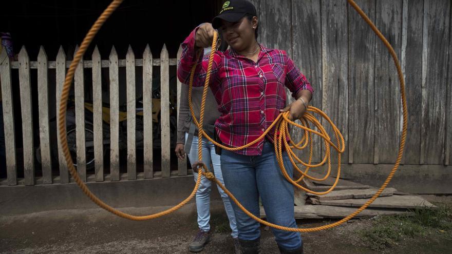 Arselia, una adolescente soltera atípica en la Nicaragua rural