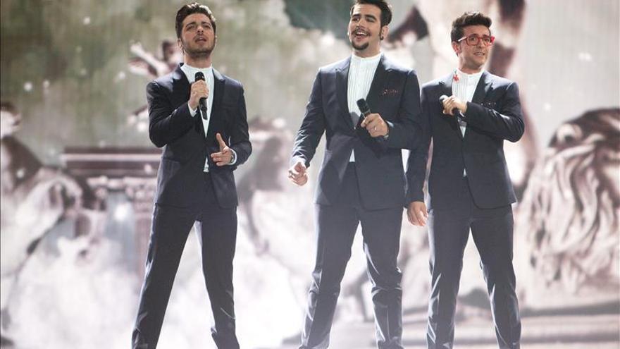 """El trío italiano Il Volo quiere despegar en Europa con su """"Grande Amore"""""""