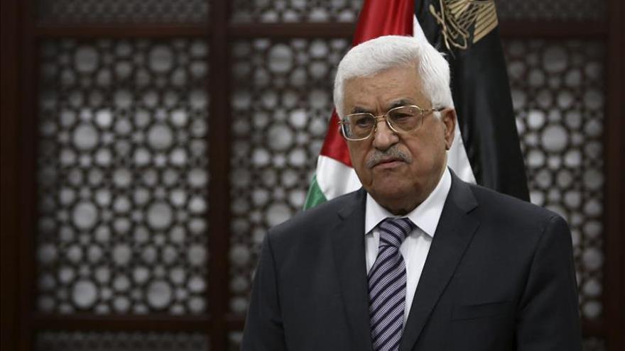 """Abás habla con el Papa y Al Sisi sobre la """"agresión israelí"""" en Jerusalén"""