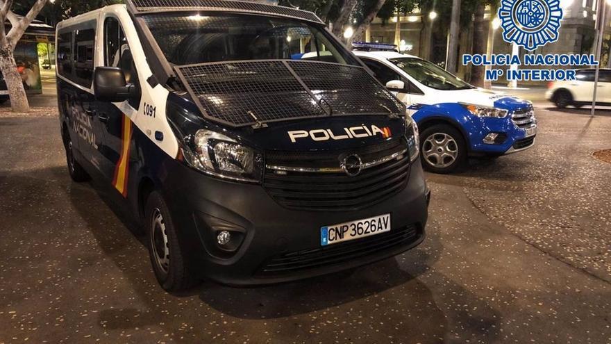Detenidos tres jóvenes por robar en un piso a plena luz del día en Santa Cruz de Tenerife