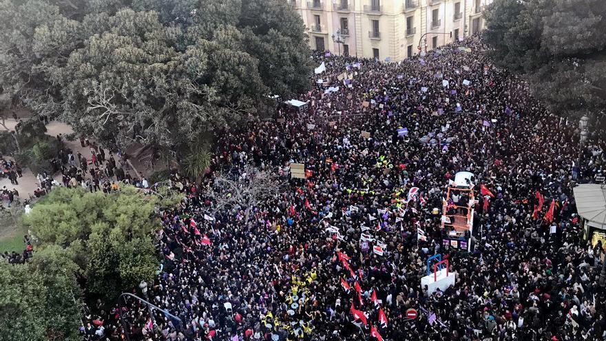 Vista aérea del comienzo de la manifestación en Valencia